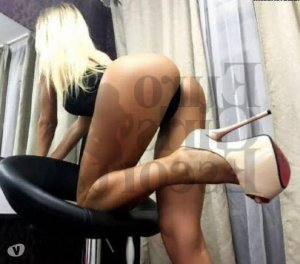 Sheriane nuru massage in Newport East RI, escort