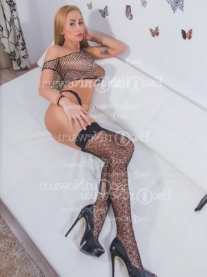Djelia escort girl in Laplace
